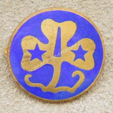Vintage Girl Scout Clover Pin